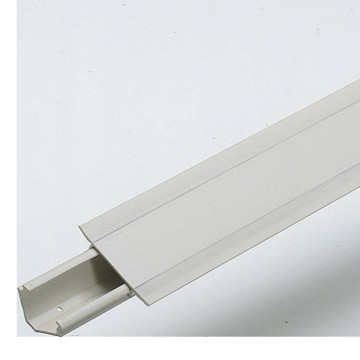 Corner trunking with lid - Length: 2 metres