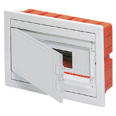 FLUSH MOUNTING ENCLOSURE - WITH BLANK DOOR - PRE-FITTED WITH TERMINAL BLOCK HOUSING 12 MODULES IP40