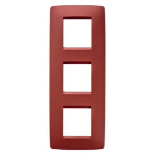 ONE INTERNATIONAL PLATE - IN PAINTED TECHNOPOLYMER - 2+2+2 GANG VERTICAL - RUBY - CHORUS
