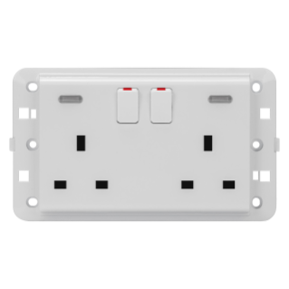 TWIN SWITCHED SOCKET-OUTLET - BRITISH STANDARD - 2P+E 13 A - BACKLIT - WHITE - CHORUS