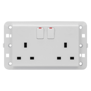 TWIN SWITCHED SOCKET-OUTLET - BRITISH STANDARD - 2P+E 13 A - WHITE - CHORUS